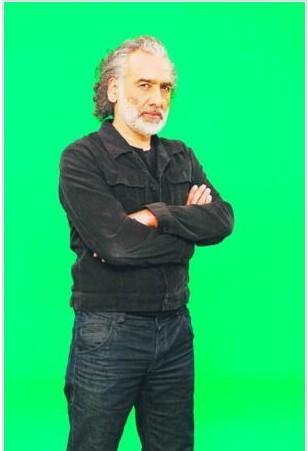 Başarılı projelere imza atan Yönetmen Sinan Çetin'in nüfusu Van'a kayıtlı.
