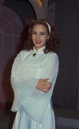 """""""Bir Yudum Sevgi"""" adlı ilk solo albümünü 1992 yılında çıkaran Gürel'in ikinci albümü Aklımı Çelme bundan tam iki yıl sonra geldi. İlerleyen yıllarda Muhtemelen, Hesaplaşma, Bir Kadın Şarkı Söylüyor albümlerini çıkaran Gürel, 2005 yılında da Maia albümüne imza attı."""