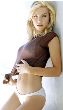 Elisha Cuthbert (25)