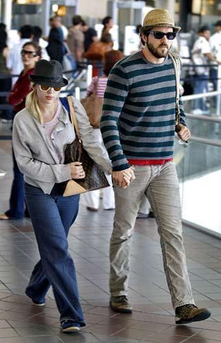 8 YAŞ Scarlett Johansson- Ryan Reynolds