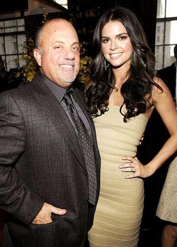 32 YAŞ Billy Joel 59 ve Katie Lee ise 27 yaşında...