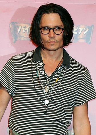 JOHNNY DEPP  Bir rock yıldızı olmak isterdim.