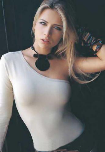 Ana Sofia Henao - 21