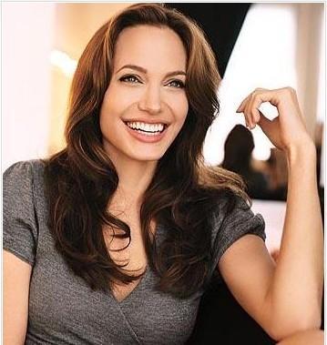 Ve tabii ki Angelina Jolie...