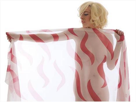 Marilyn olmayı seviyor! - 8