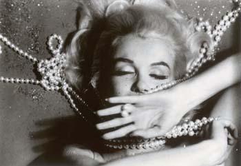Marilyn olmayı seviyor! - 16