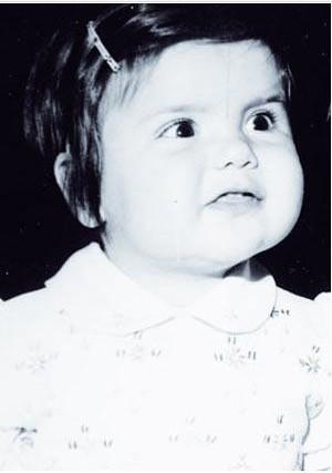 Gülben Ergen'in küçüklük hali