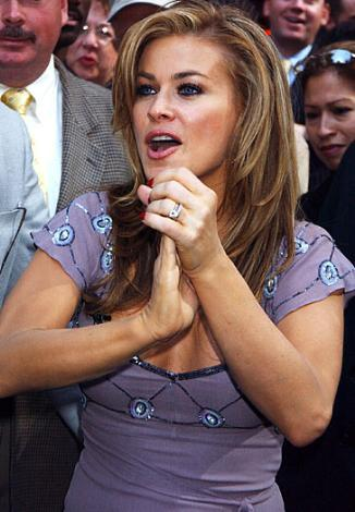 Carmen Electra İki kez evlenip boşandı. Şu sıralar nişanlı.