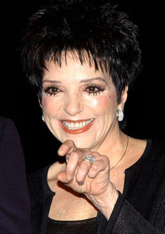 Liza Minelli Tam dört kez evlendi.