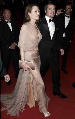 Jolie bir entelektüel, ama Brad Pitt için aynı şeyi iddia etmek zor. Bu da çiftin arasındaki fikir ayrılıklarını tetikliyor.