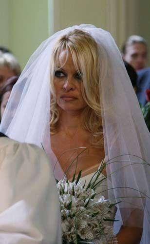 Pamela Anderson - 8