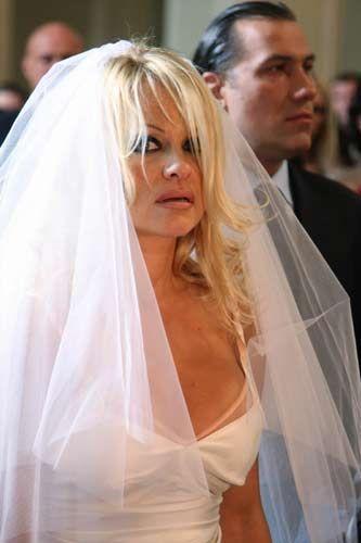 Pamela Anderson - 6