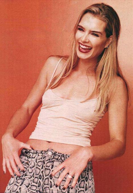 Brooke Shields - 39