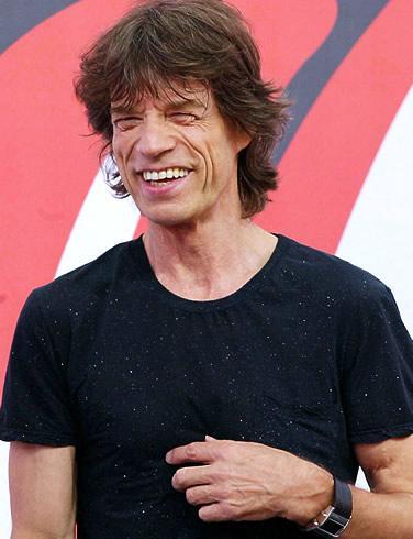 3-Genç Mick Jagger'ın ilk işi dondurma satmaktı. London School of Economics'e girdikten sonra da bir akıl hastanesinde kapıcı olarak çalıştı.