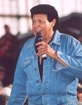 18-Şarkıcı Chubby Checker Philly'deki bir tavuk çiftliğinde çalışmış. Hatta patronu müşterilerini eğlendirmesi için ondan şarkı söylemesini bile istemiş.