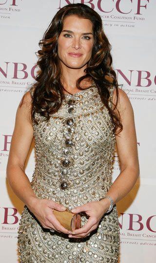Brooke Shields: 'Mavi Göl' filminin unutulmaz yıldızı bekaretini 22 yaşında kaybettiğini söyledi.