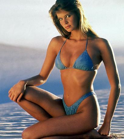 Elle Macpherson (1985)