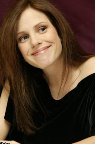 Mary Louise Parker - 15