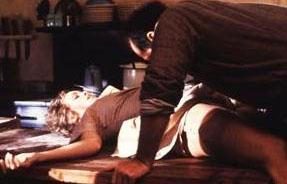 """Postacı Kapıyı İki Kere Çalar / The Postman Always Rings Twice  Bob Rafelson (Yönetmen): """"O sahneyi çekeceğimiz gün Jack Nicholson, rolüne çok konsantre olmuştu, onun bu hali korkutucuydu, fakat onu bu kadar mükemmel bir aktör yapan da bu. Jack ve Jessica'nın o işi gerçekten yaptığı söylentilerine gelince... Şey, o dönemler filmin reklamını nasıl yapacağımızı biliyorduk diyelim."""""""