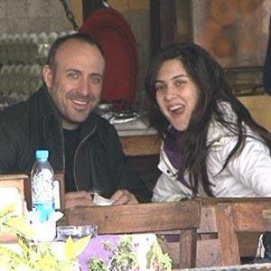 Nişanlandıklarını açıklayan Halit Ergenç ile Bergüzar Korel çifti, ağustos ayında nikah masasına oturacak.