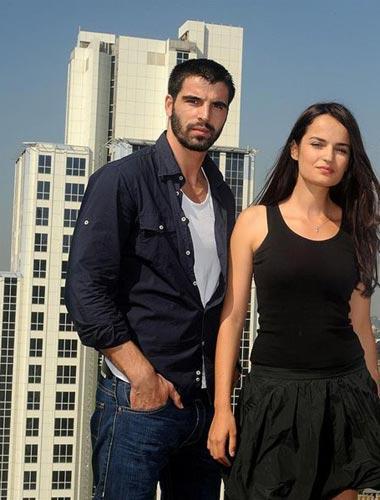 SELİN DEMİRATAR - MEHMET AKİF ALAKURT Adanalı dizisinin setinde birbirlerine aşık oldular.