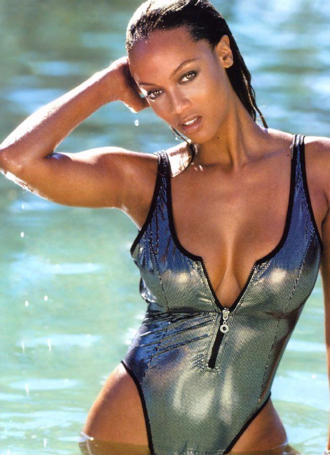 Tyra Banks - 6