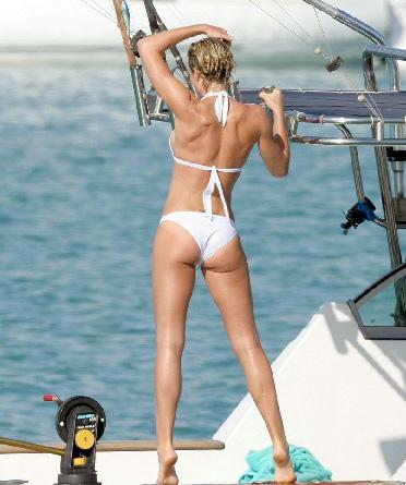 Beyaz bikini tutkusu - 6
