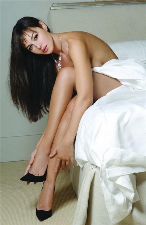Monica Bellucci - 25