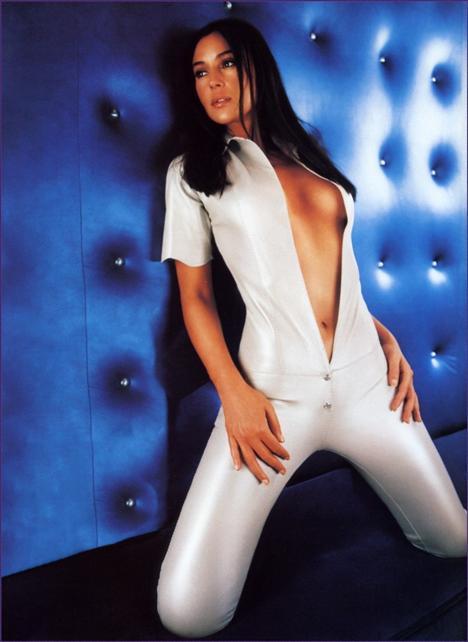 Monica Bellucci - 26