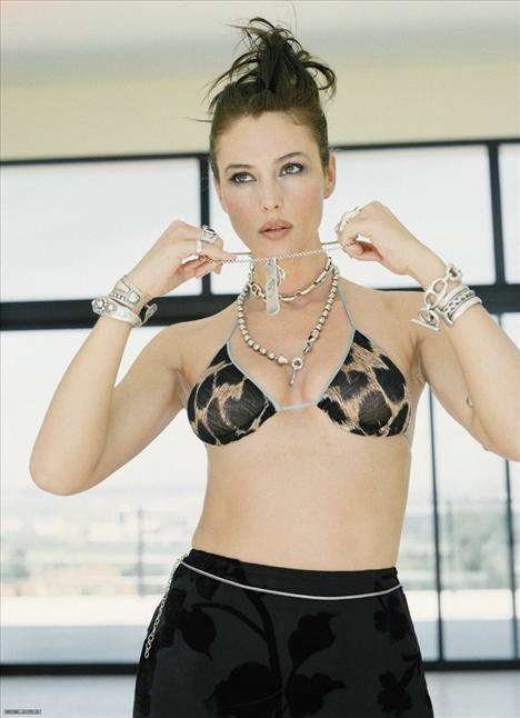 Monica Bellucci - 28