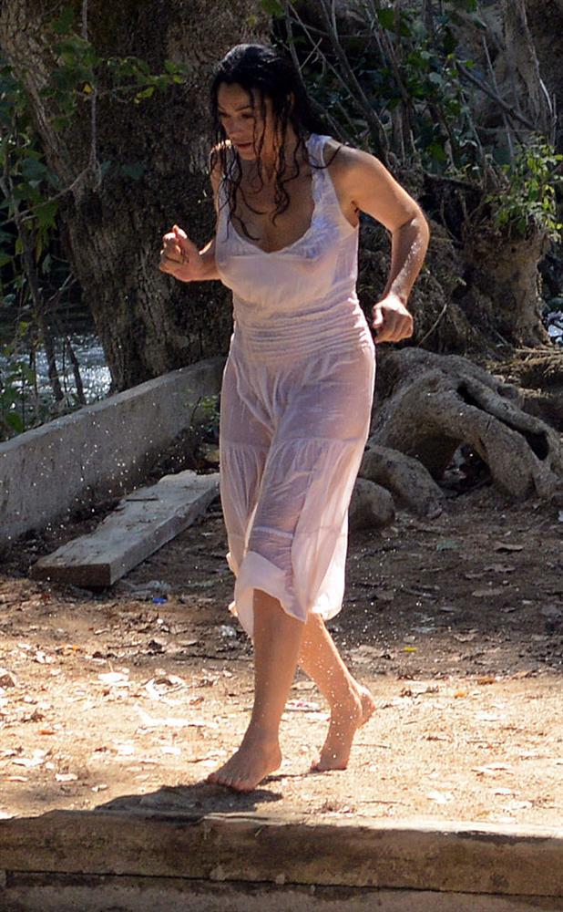 Monica Bellucci - 4