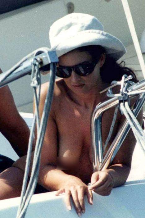 Monica Bellucci - 96