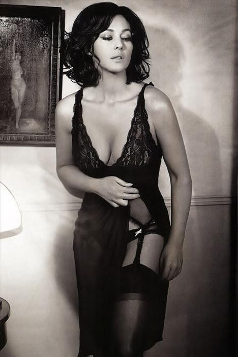 Monica Bellucci - 57