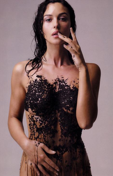 Monica Bellucci - 70