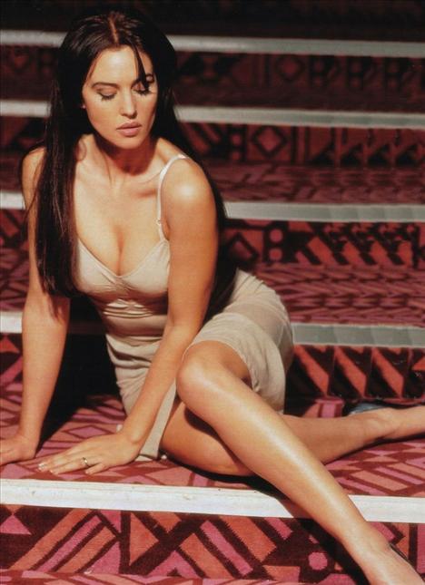 Monica Bellucci - 77