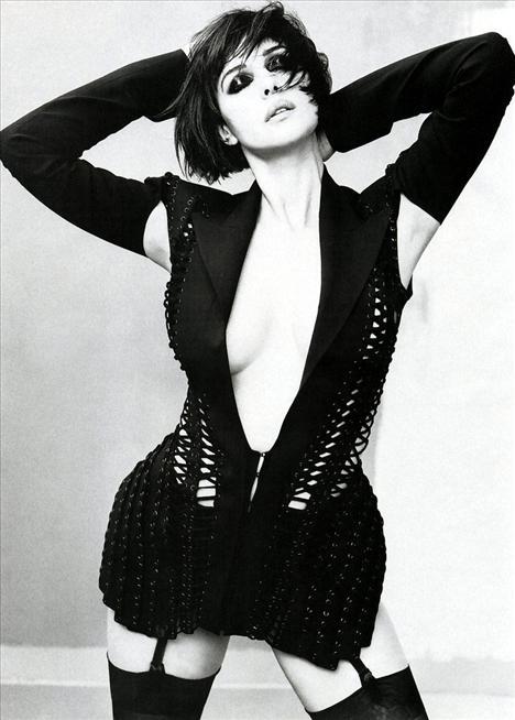 Monica Bellucci - 79