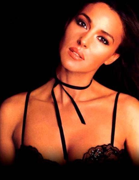 Monica Bellucci - 81