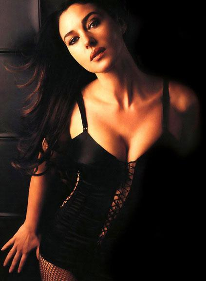 Monica Bellucci - 82
