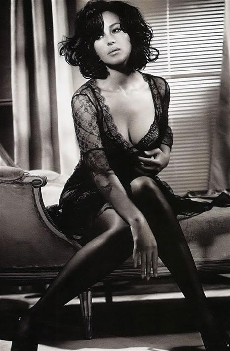 Monica Bellucci - 52