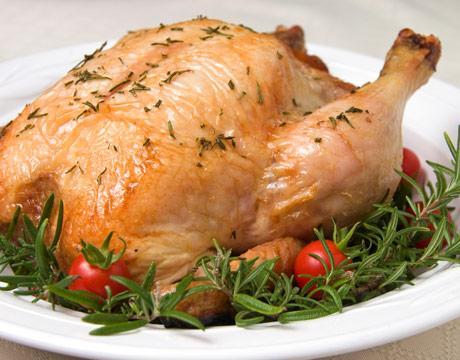 TAVUK  Her 250 gram tavukta 13.7 mikrogram B12 bulunur.
