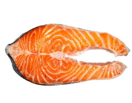 SOMON BALIĞI  Yarım fileto somon balığında 9 mikrogram B12 bulunur.