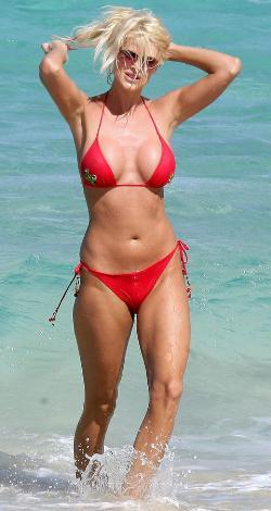 Bikini güzeli Victoria Silvstedt - 11