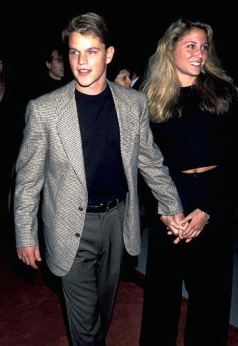 Matt Damon Harvard Üniversitesi'nde Skylar Statenstein adlı bir kızla çıkmıştı. Senaryosunu yazdığı 'Good Will Hunting' (Can Dostum) filminde Minnie Driver'ın karakterine bu ismi verdi. Skylar Statenstein şu anda bir doktor ve Metallica'nın ünlü baterist Lars Ulrich ile evli!