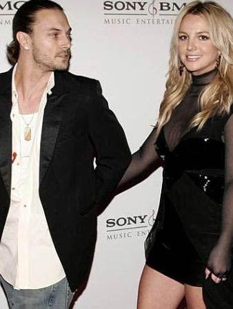 Spears, Kevin Federline ile evlendi. Ama bu ilişki de çok uzun sürmedi. Çift, kavgalı bir biçimde ayrıldı.