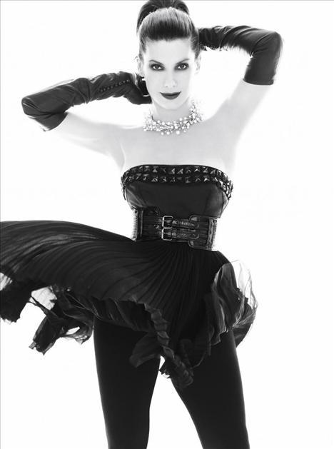 Sandra Bullock - 40