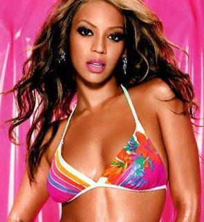 Beyonce  O dönem sevgili olduğu şimdiki eşi Jay-Z ile sevişme görüntüleri olduğu söylendi. İddiaya göre Las Vegas'ta bir otelde kalan çift, otel çalışanları tarafından odalarına konulan kamerayla görüntülendi. Çifte şantaj yapan otel görevlisi amacına ulaştı ve kaseti çifte vererek, yüklü bir paranın sahibi oldu. Ancak Beyonce ve Jay-Z şikayetlerinden vazgeçmeyip, oteli ve şantajcıyı mahkemeye verdi.