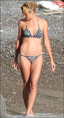 Bir bikini bu kadar mı güzel giyilir - 47