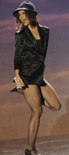 Katie Holmes dansıyla büyüledi... - 2