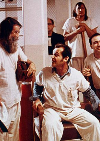 Guguk Kuşu, aktör Jack Nicholson'ın unutulmayan filmlerinden biri.