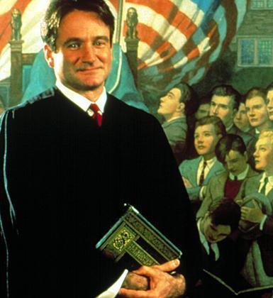 Robin Williams'ın Ölü Ozanlar Derneği'ndeki performansı unutulmazdı.